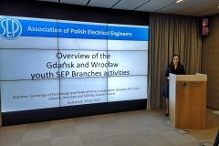 Prezes-SK-SEP-PG-Julia-Solecka-podczas-wygłaszania-swojej-prezentacji